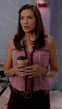 Regina's red printed sleeveless top on Switched at Birth