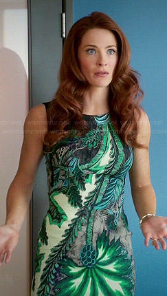 Rose's green tropical printed dress on Jane the Virgin