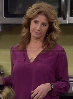 Vanessa's purple v-neck blouse with pockets on Last Man Standing