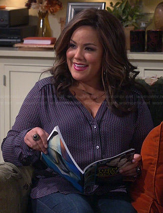 Victoria's printed v-neck blouse on Mike and Molly