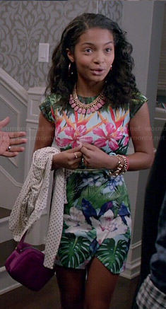 Zoey's tropical print mini dress on Black-ish