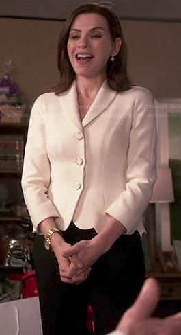 Alicia's white scalloped hem jacket on The Good Wife