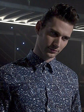 Connor's blue paisley shirt on Eye Candy