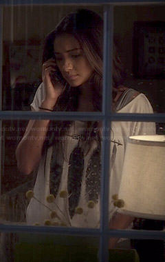Emily's feather graphic tee on Pretty Little Liars