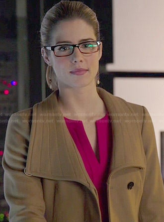 Felicity's pink split-neck dress and camel coat on Arrow