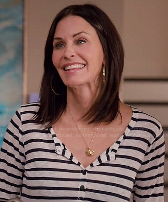 Jules's striped henley top and turtle necklace on Cougar Town