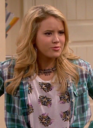 Lennox's cat print top and green plaid shirt on Melissa and Joey