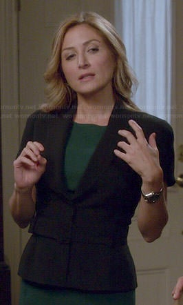 Maura's short sleeve belted blazer on Rizzoli and Isles