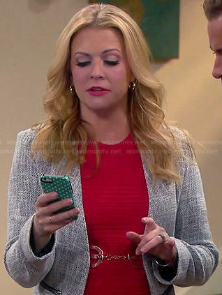 Mel's red textured top and grey tweed blazer on Melissa and Joey