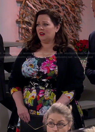 Molly's floral fit and flare dress on Mike and Molly