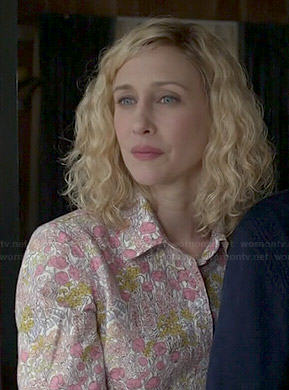 Norma's pink and yellow floral shirt on Bates Motel