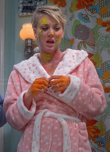 Penny's pink polka dot robe on The Big Bang Theory