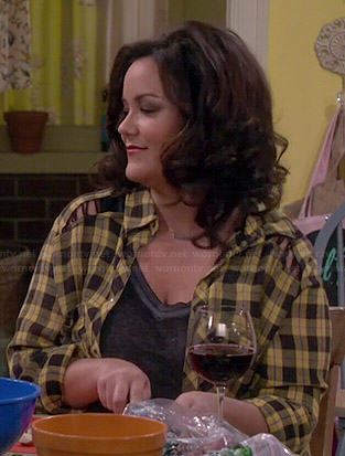 Victoria's grey top and yellow plaid shirt on Mike and Molly