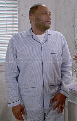 Andre's blue striped pajamas with pockets on Black-ish