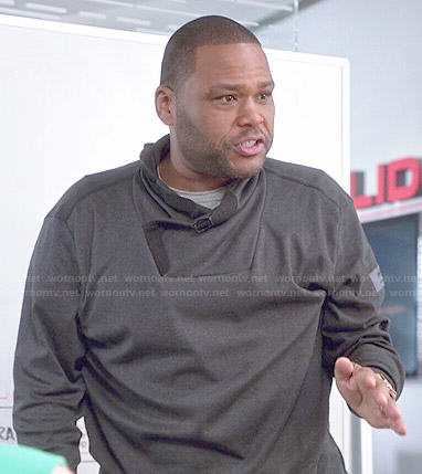 Andre's grey buckled neck sweatshirt on Black-ish