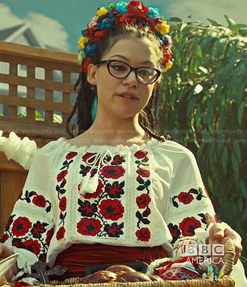 Cosima's white and red floral embroidered peasant top on Orphan Black