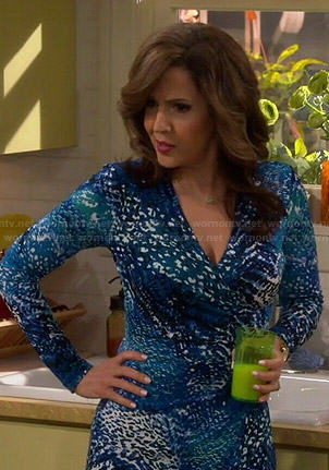 Daniela's blue printed long sleeve dress on Cristela