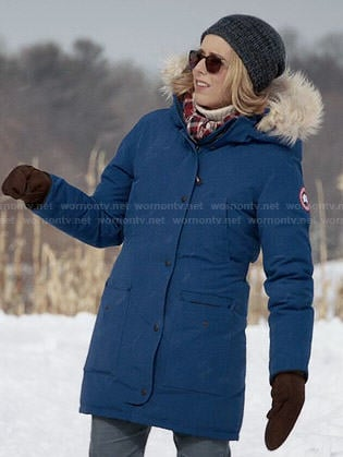 Elizabeth's blue parka with fur trim hood on Madam Secretary
