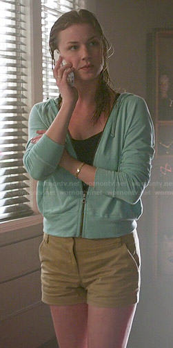 Emily's tan shorts and aqua green hoodie on Revenge