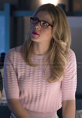 Felicity's pink textured sweater on Arrow