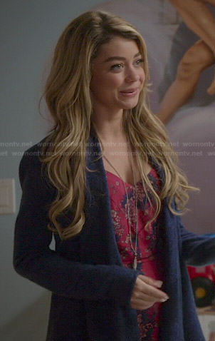 Haley's red floral dress on Modern Family