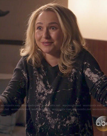 Juliette's black cracked print sweater on Nashville