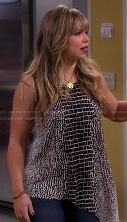 Kristin's asymmetric crocodile print top on Last Man Standing