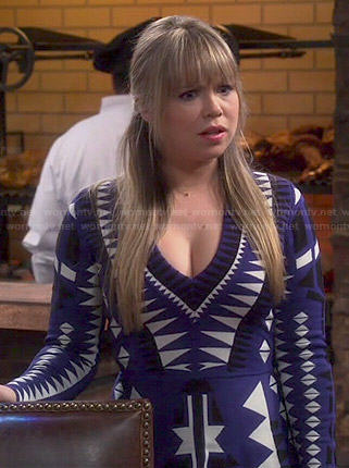 Kristin's blue geometric print long sleeve dress on Last Man Standing