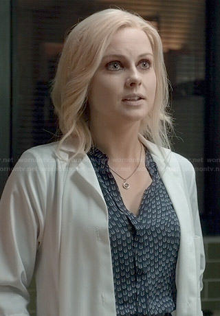 Liv's blue arrow print dress on iZombie