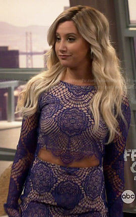 Logan's blue lace crop top and skirt on Young and Hungry