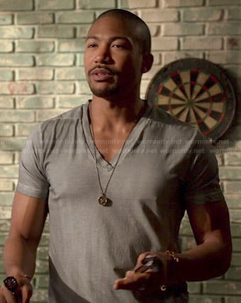 Marcel's grey v-neck tee on The Originals