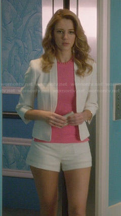 Petra's white blazer and shorts with pink top and necklace on Jane the Virgin