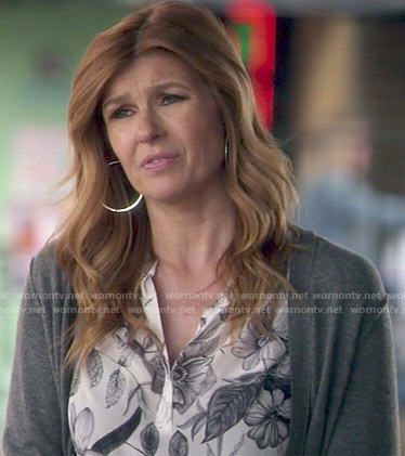 Rayna's floral illustrated blouse on Nashville