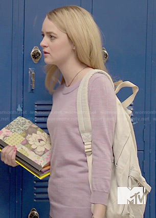Taylor's purple sweater on Finding Carter