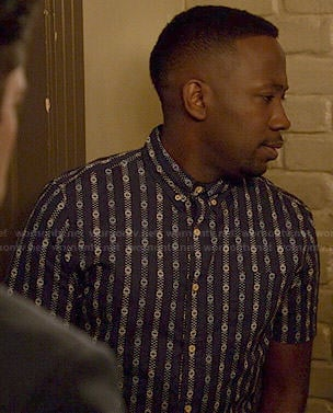 Winston's blue patterned stripe short sleeve shirt on New Girl