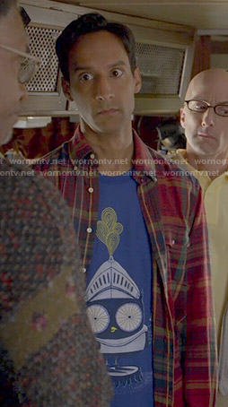 Abed's knight owl t-shirt on Community