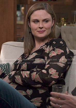 Brennan's leaf print blouse on Bones