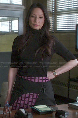 Joan's pink checked skirt on Elementary