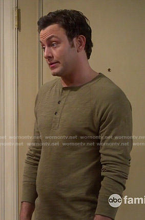 Josh's olive green henley tee on Young and Hungry