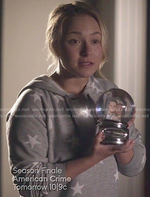 Juliette's grey star print hoodie on Nashville