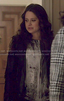 Quinn's abstract print top on Scandal