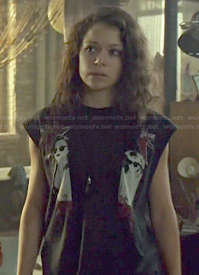 Sarah's black graphic top on Orphan Black