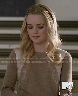 Taylor's beige lace sweater on Finding Carter
