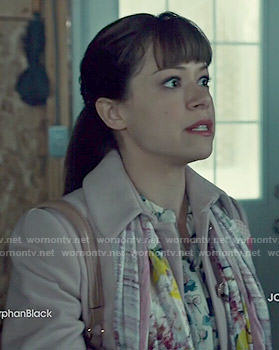 Alison's printed blouse and pink peplum jacket on Orphan Black