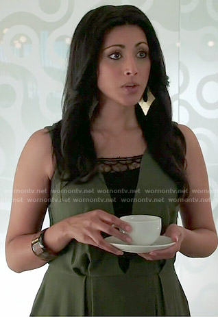 Divya's green lace inset dress on Royal Pains
