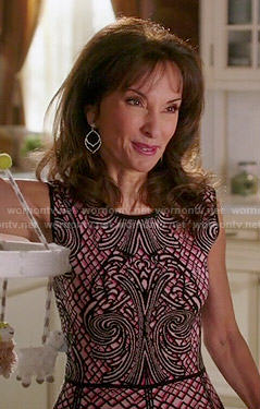 Genevieve's pink patterned peplum top on Devious Maids