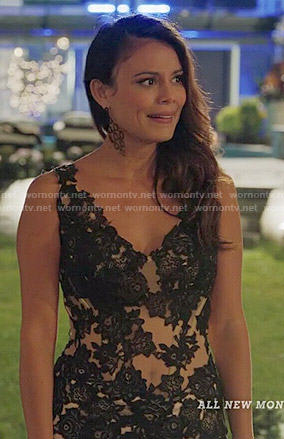 Grace's nude and black lace dress on UnReal