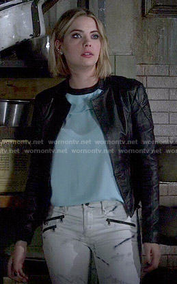 Hanna's white printed jeans and blue top on Pretty Little Liars