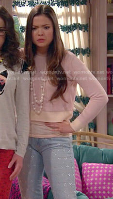 Jasmine's pink cropped sweater and rhinestone studded jeans on I Didn't Do It