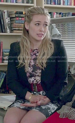 Kelsey's pink and grey floral dress on Younger